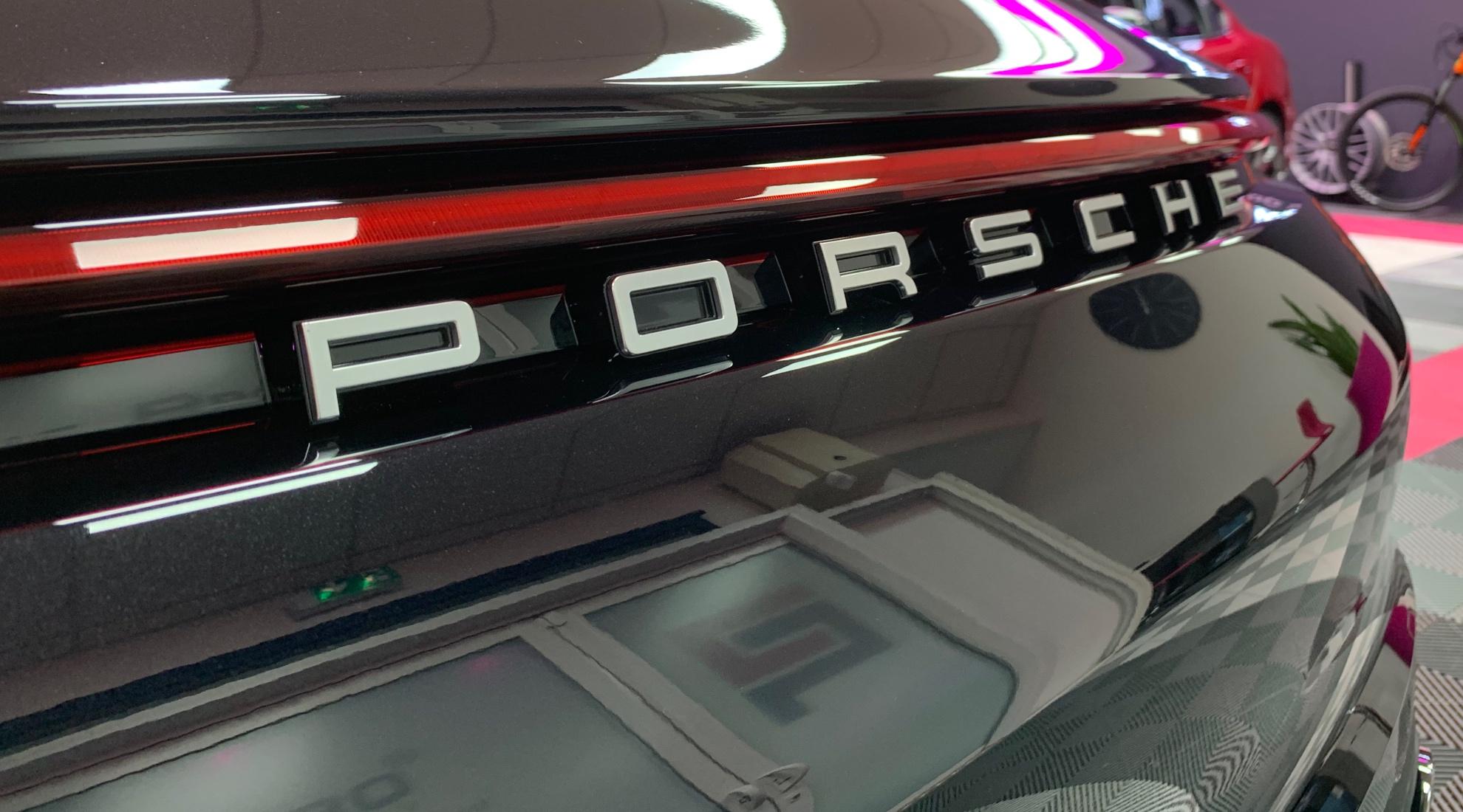 traitement céramique sur Porsche 911 neuve