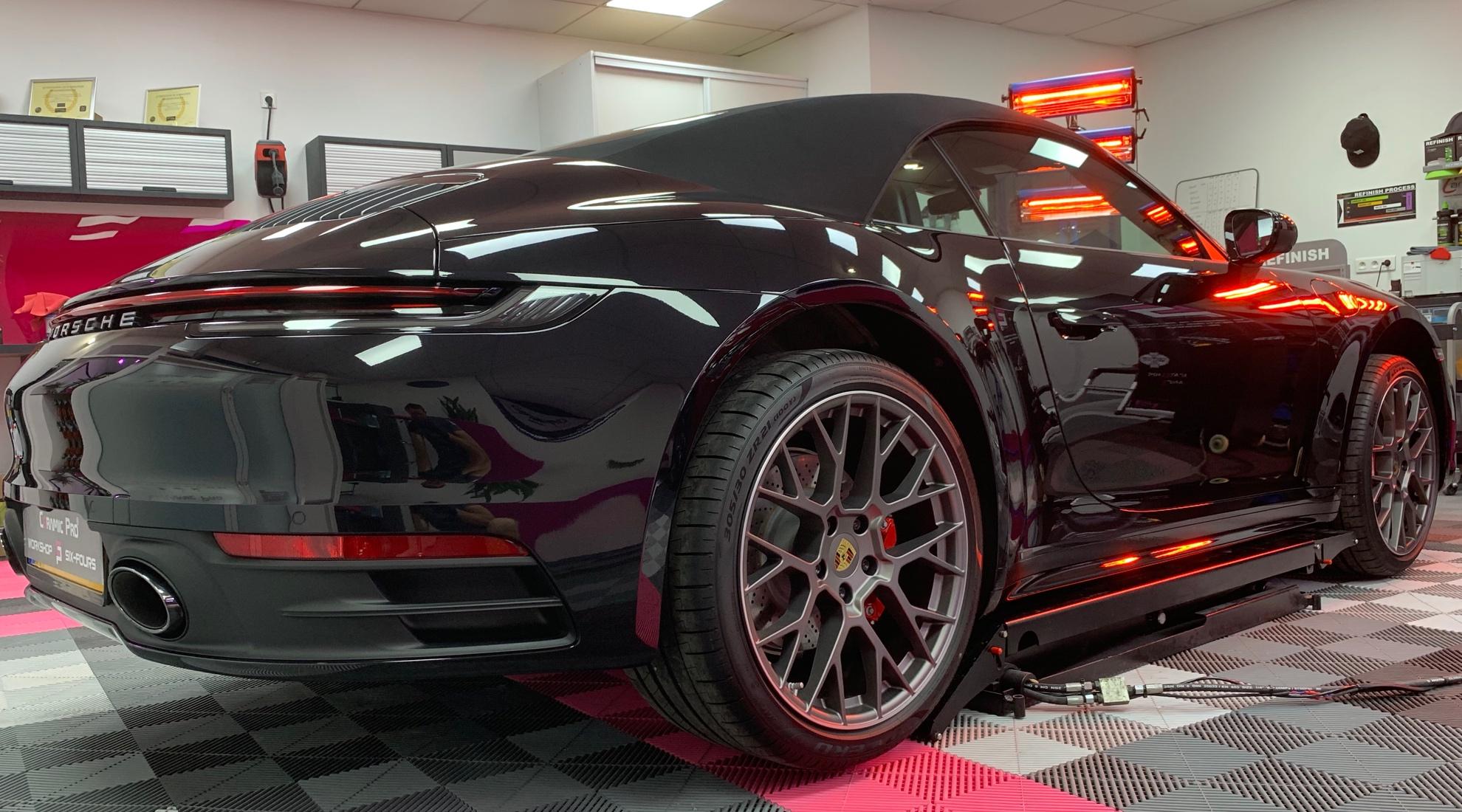 traitement céramique sur Porsche carrera 4 s